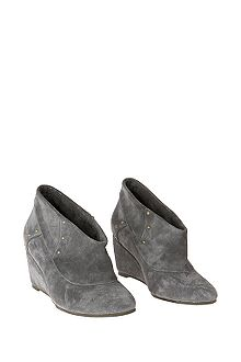 Anthropologie Product Detail :  merchandise shoes boots accessories