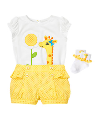 Daisy Giraffe Outfit by Gymboree