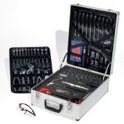 handyman toolcase with 124-piece toolset