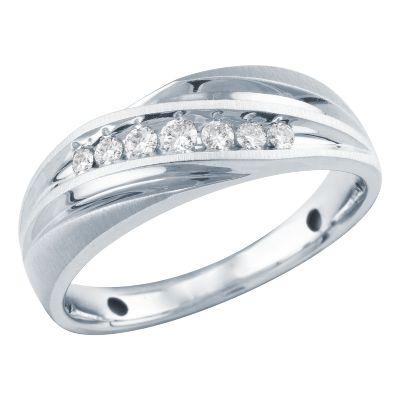 Helzberg Diamonds Mens Wedding Bands 43 Beautiful My engagement and wedding