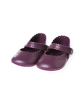 Hydrangea Purple Scalloped Crib Shoe at JanieandJack