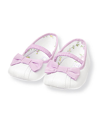 Pure White Bow Crib Shoe at JanieandJack