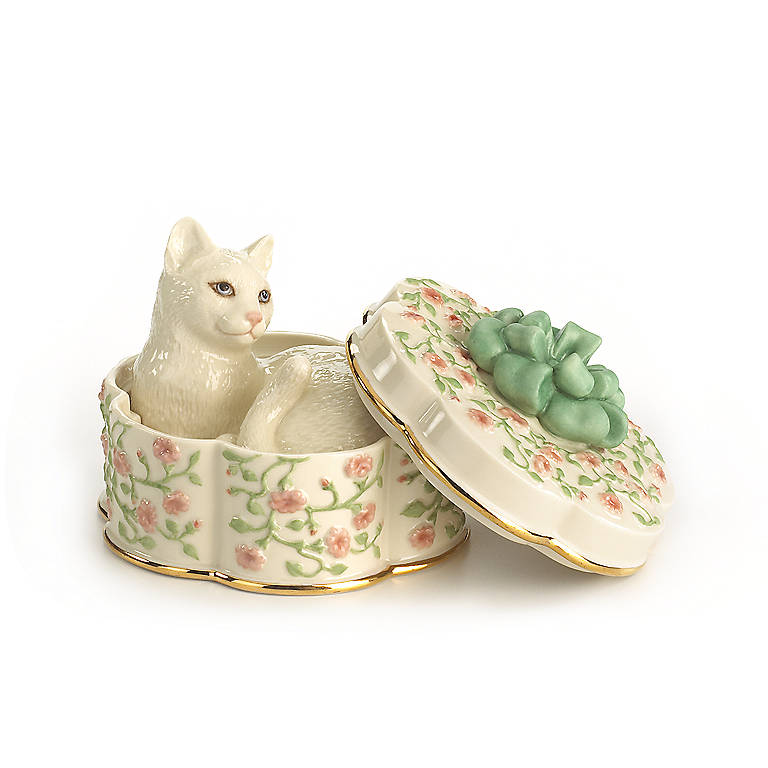 Ivory China Lenox Comfy, Cozy Cat 3-part Sculpture, Sculpture by Lenox