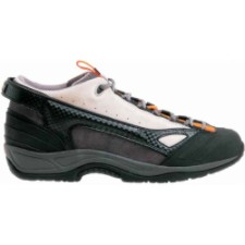 photo: Mad Rock Men's Fanatic approach shoe