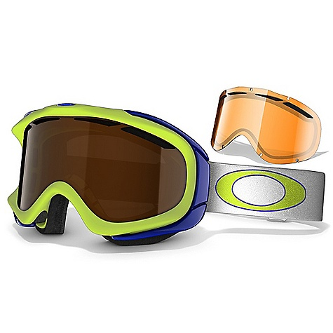 photo: Oakley Ambush Snow