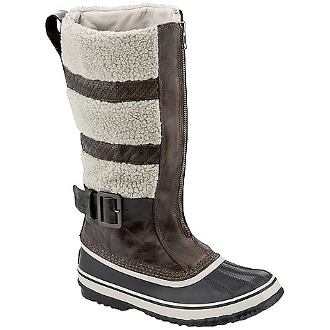 photo: Sorel Helen of Tundra II winter boot