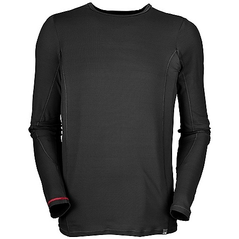 photo: The North Face Light Long Sleeve Crew long sleeve performance top