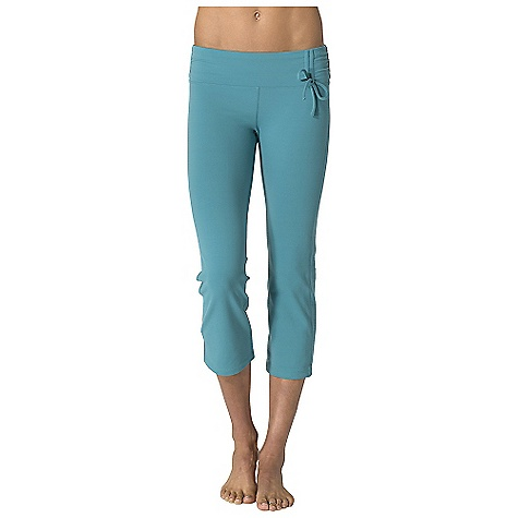 photo: prAna Mackenzie Capri performance pant/tight