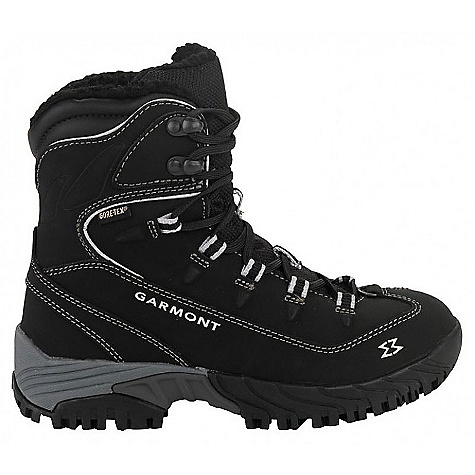 photo: Garmont Momentum IceLock GTX winter boot
