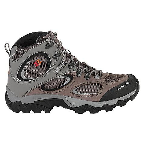 photo: Garmont Zenith Mid GTX hiking boot