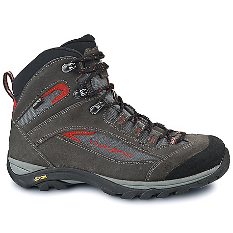 photo: La Sportiva Garnet GTX hiking boot