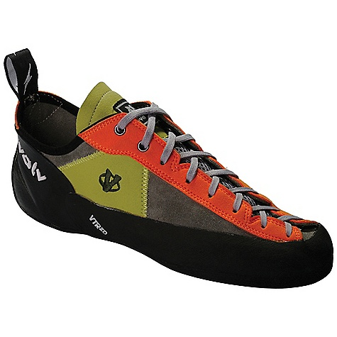 photo: evolv Docon climbing shoe