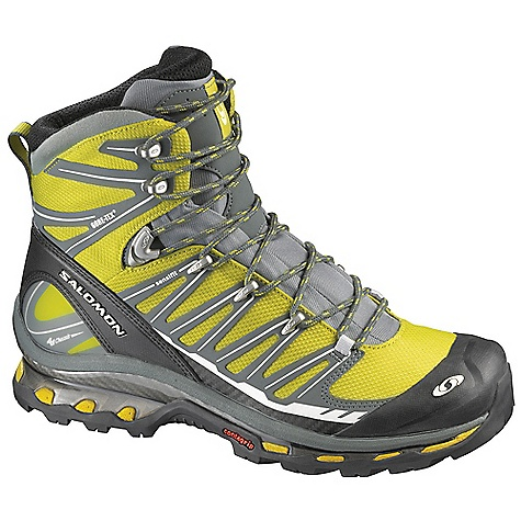 photo: Salomon Cosmic 4D GTX backpacking boot