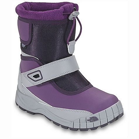 photo: The North Face Girls' Bluster Buster winter boot