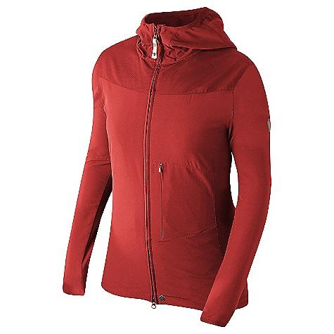 photo: Fjallraven Tundra Softshell soft shell jacket