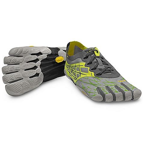 photo: Vibram FiveFingers SeeYa barefoot / minimal shoe