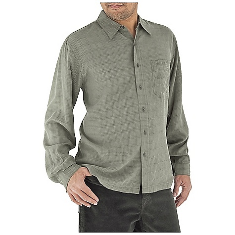 photo: Royal Robbins San Juan Long Sleeve Shirt hiking shirt