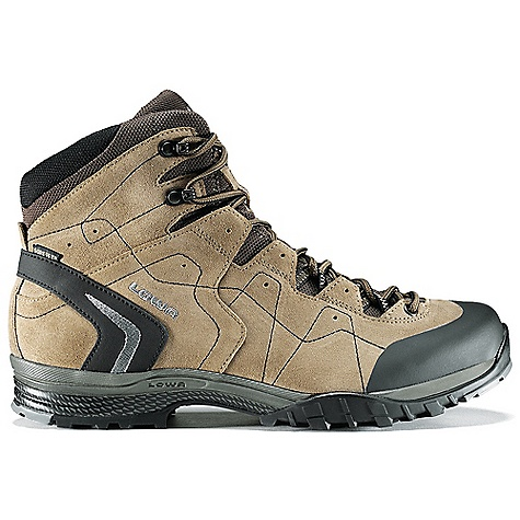 photo: Lowa Focus GTX QC hiking boot