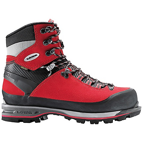 photo: Lowa Mountain Expert GTX mountaineering boot