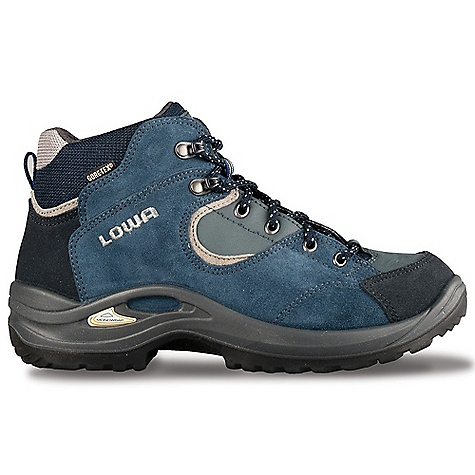 photo: Lowa Tempest QC GTX WS hiking boot