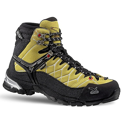 photo: Salewa Men's Alp Trainer Mid GTX