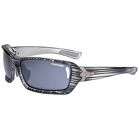 photo: Tifosi Mast Photochromic sport sunglass