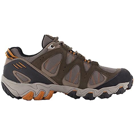 photo: Oboz Rimrock Low trail shoe