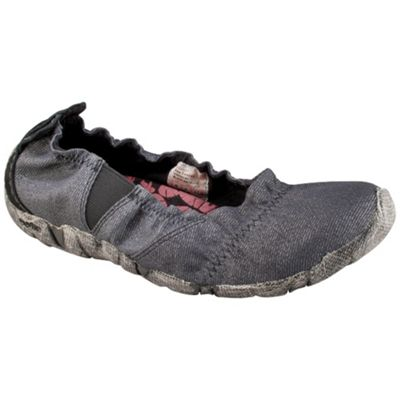 Cushe Women's Koa Canvas Shoe