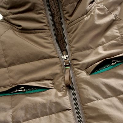 Dual zipper chest pockets
