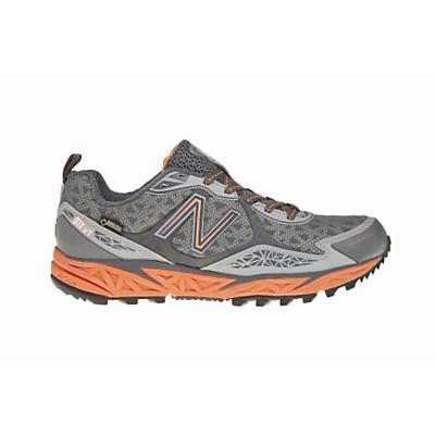 New Balance Women's 910 Gore-Tex Shoe