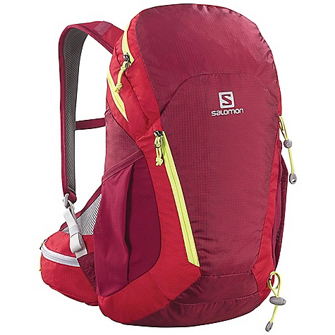photo: Salomon Sky 21 daypack (under 2,000 cu in)