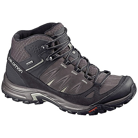photo: Salomon Eskape Mid GTX hiking boot