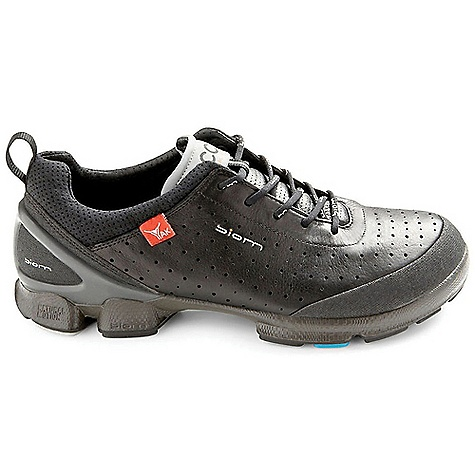 photo: Ecco Women's Biom Walk 1.1 trail shoe