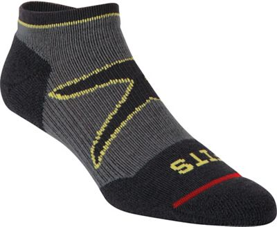 Fits Men's Light Runner Tech Low Sock