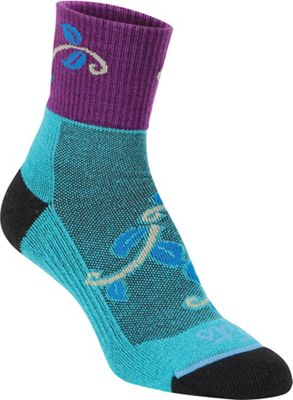 Fits Women's Pro Trail Perfomance Quarter Sock