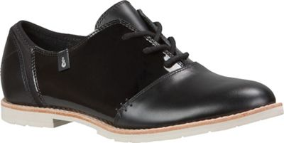 Ahnu Women's Emery Patent Shoe