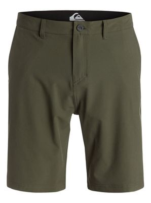 Quiksilver Everyday Solid Amphibian 21in Shorts - Men's