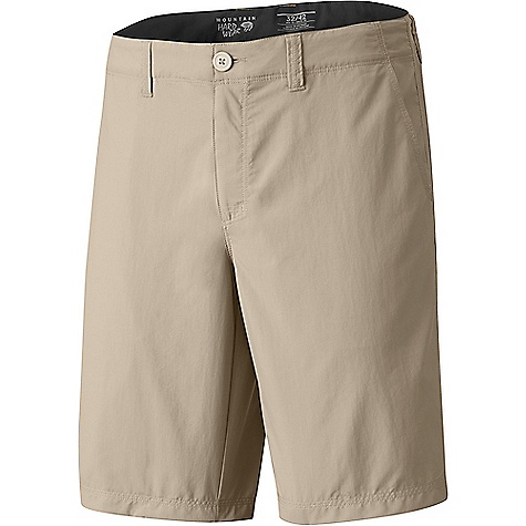 Click here for Mountain Hardwear Men's Castil Casual 7 IN Short prices