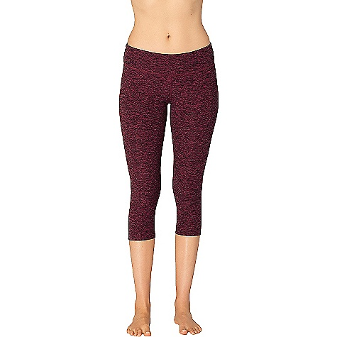 Beyond Yoga Women's Spacedye Capri Legging Black / Merlot Spacedye