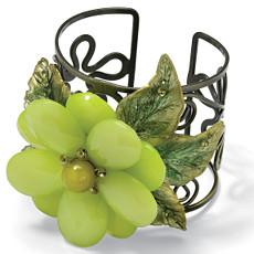 Flower-Shaped Bracelet 7 1/4