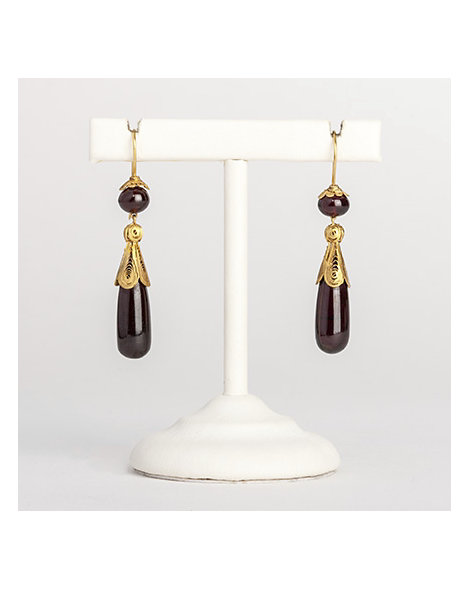 Gold filigree a& garnet cabochon drop earrings
