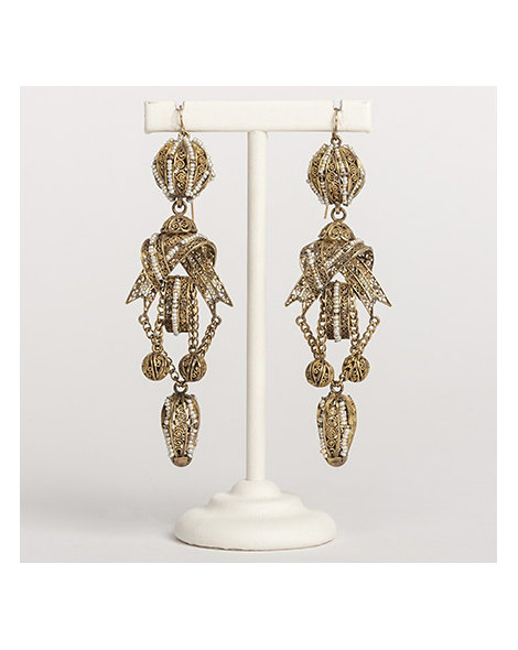 Gold filigree & Persian Gulf seed pearl earrings