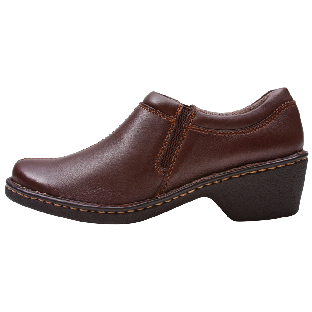 Eastland Amore Slip-On Shoes - Women - ShoeBacca.com