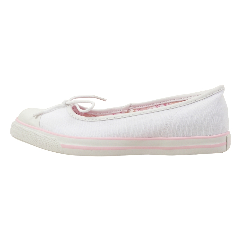 Converse Chuck Taylor Dance Slip Slip-On Shoes - Women - ShoeBacca.com