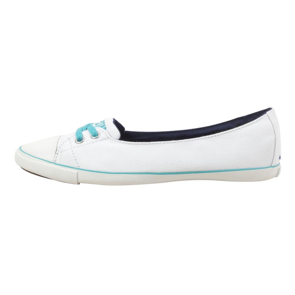 Converse All Star Light Skimmer Slip-On Shoes - Women - ShoeBacca.com