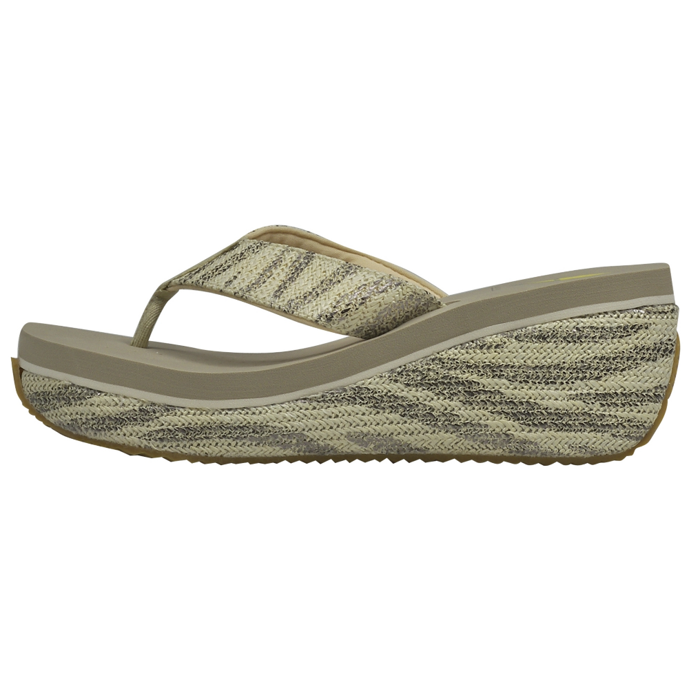 Volatile Banana Split Sandals Shoe - Women - ShoeBacca.com
