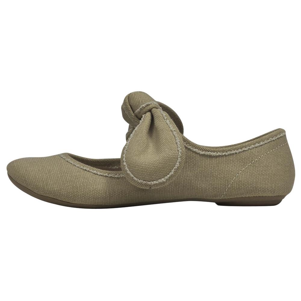Big Buddha Baily Flats Shoe - Women - ShoeBacca.com