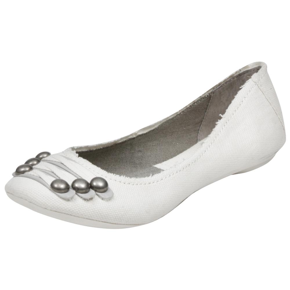 Big Buddha Beat Flats Shoe - Women - ShoeBacca.com