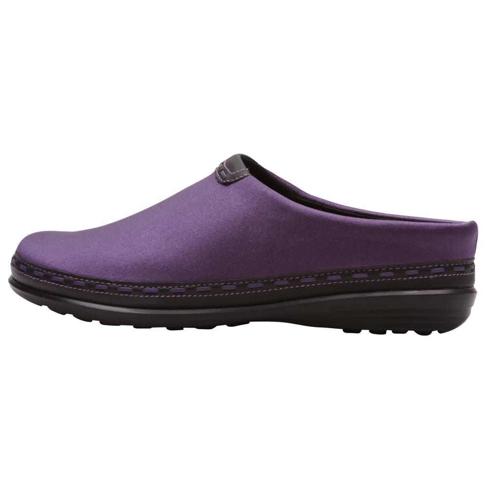 Aetrex Berries Clog Slip-On Shoes - Women - ShoeBacca.com