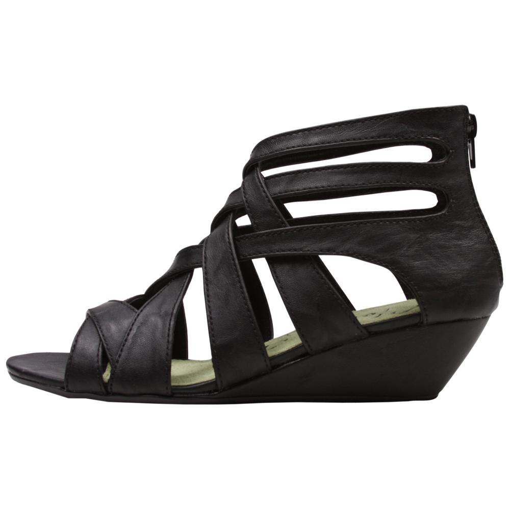 Blowfish Casita Sandals Shoe - Women - ShoeBacca.com